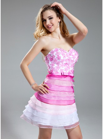 A-Line/Princess Sweetheart Short/Mini Organza Prom Dress With Beading Flower(s)