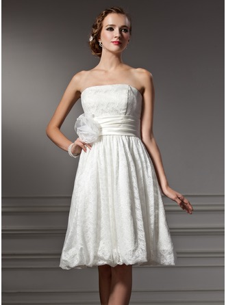 A-Line/Princess Strapless Knee-Length Lace Wedding Dress With Flower(s)