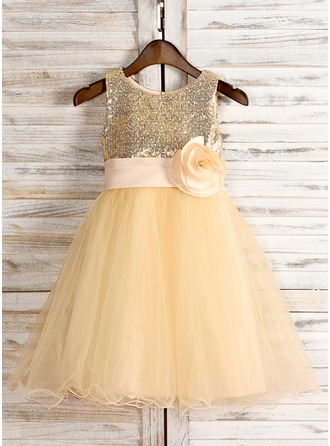 A-Line/Princess Knee-length Flower Girl Dress - Tulle/Sequined Sleeveless Scoop Neck With Flower(s)/Bow(s)