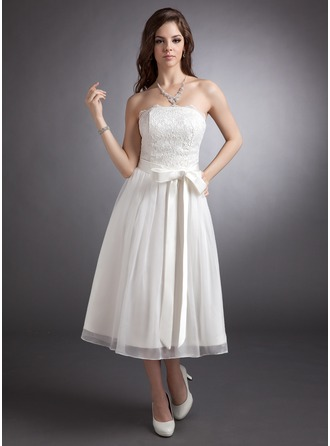 A-Line/Princess Strapless Tea-Length Lace Wedding Dress With Bow(s)