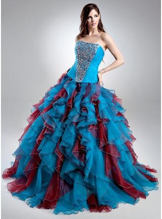 Corte de baile Escote corazón Barrer/Cepillo tren Organdí Vestido de quinceañera con Bordado Cascada de volantes
