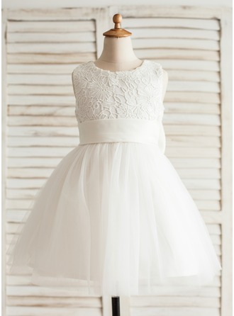 A-Line/Princess Knee-length Flower Girl Dress - Organza/Satin/Lace Sleeveless Scoop Neck With Flower(s)