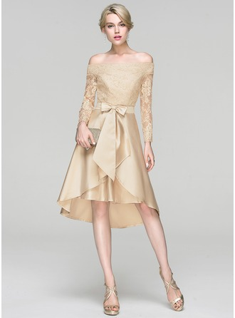 A-Linie/Princess-Linie Off-the-Schulter Asymmetrisch Satin Cocktailkleid mit Pailletten Schleife(n)