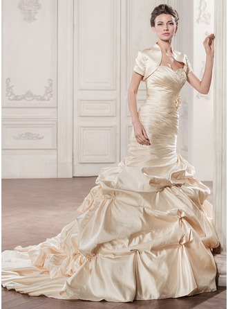 Trumpet/Mermaid Sweetheart Chapel Train Satin Wedding Dress With Ruffle Beading Appliques Lace Flower(s) Sequins
