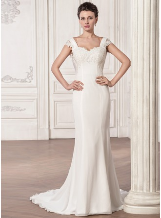 Trumpet/Mermaid Sweetheart Court Train Chiffon Wedding Dress With Ruffle Appliques Lace