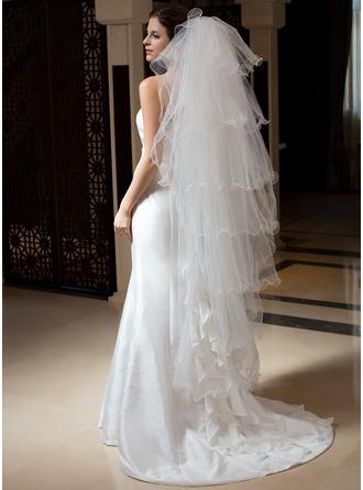 7 couches Voiles de mariée valse avec Bord festonné