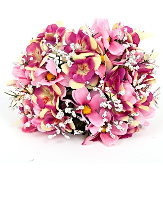 Nice Round Artificial Silk Bridal Bouquets