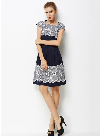 Poplin With Print Knee Length Dress
