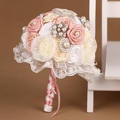 Elegant Round Satin/Tulle Bridal Bouquets