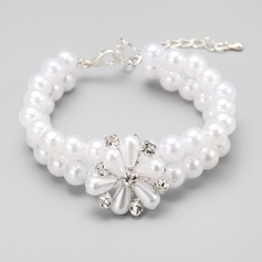 Elegant Alloy/Imitation Pearls Ladies' Bracelets