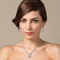 Beautiful Zircon/Platinum Plated Ladies' Jewelry Sets