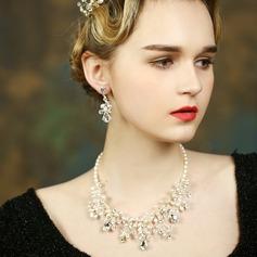 Elegant Pearl/Rhinestones Ladies' Jewelry Sets