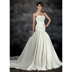 Trumpet/Mermaid Strapless Chapel Train Satin Wedding Dress With Ruffle Beading Appliques Lace Flower(s)