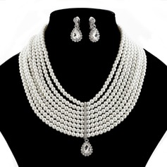 Magnificent Pearl With Rhinestone Ladies' Jewelry Sets