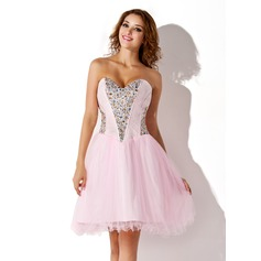 A-Line/Princess Sweetheart Knee-Length Tulle Homecoming Dress With Beading Sequins