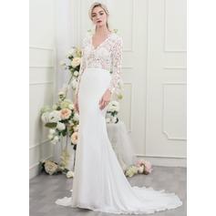 Trumpet/Mermaid V-neck Chapel Train Chiffon Wedding Dress