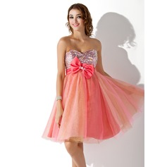 Empire Sweetheart Knee-Length Tulle Homecoming Dress With Beading Bow(s)