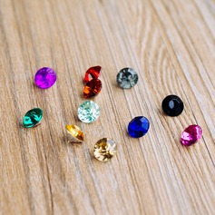 Colorful Acrylic Diamond Pieces