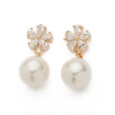 Beautiful Pearl/Zircon Ladies' Earrings