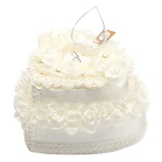 Lovely Rose Ring Box in Satin With Faux Pearl