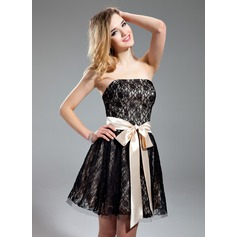 A-Line/Princess Strapless Short/Mini Lace Homecoming Dress With Sash Bow(s)