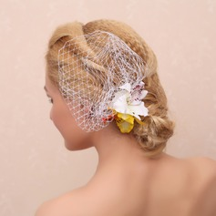Stylish Artificial Silk Combs & Barrettes/Flowers & Feathers