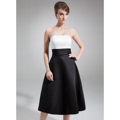 A-Line/Princess Sweetheart Tea-Length Satin Bridesmaid Dress With Ruffle