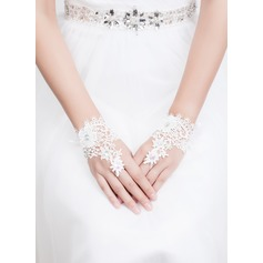 Lace Wrist Length Bridal Gloves (014072545)