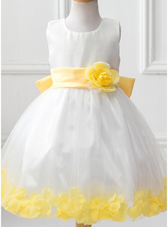 Ball Gown Knee-length Flower Girl Dress - Tulle/Polyester Scoop Neck With Flower(s)/Bow(s)
