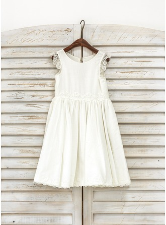 A-Line/Princess Knee-length Flower Girl Dress - Cotton Sleeveless Scoop Neck With Lace