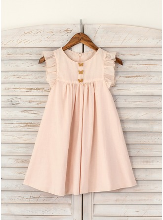 A-Line/Princess Knee-length Flower Girl Dress - Cotton Short Sleeves Scoop Neck With Ruffles