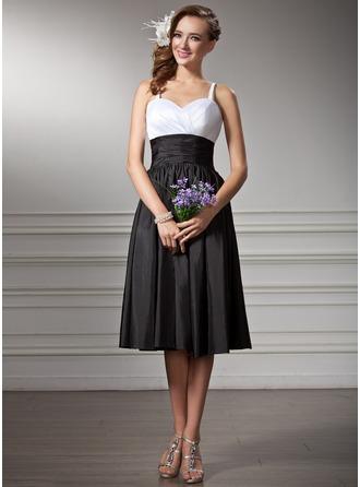 Empire Sweetheart Knee-Length Taffeta Bridesmaid Dress With Ruffle