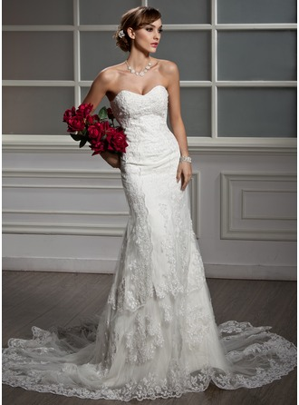 Trumpet/Mermaid Sweetheart Chapel Train Tulle Lace Wedding Dress With Pleated