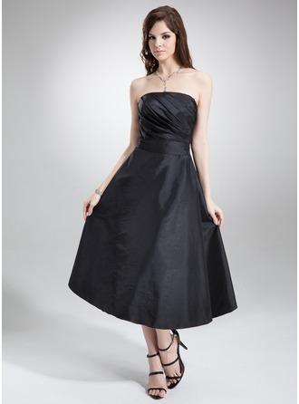 A-Line/Princess Strapless Tea-Length Taffeta Bridesmaid Dress With Ruffle Bow(s)