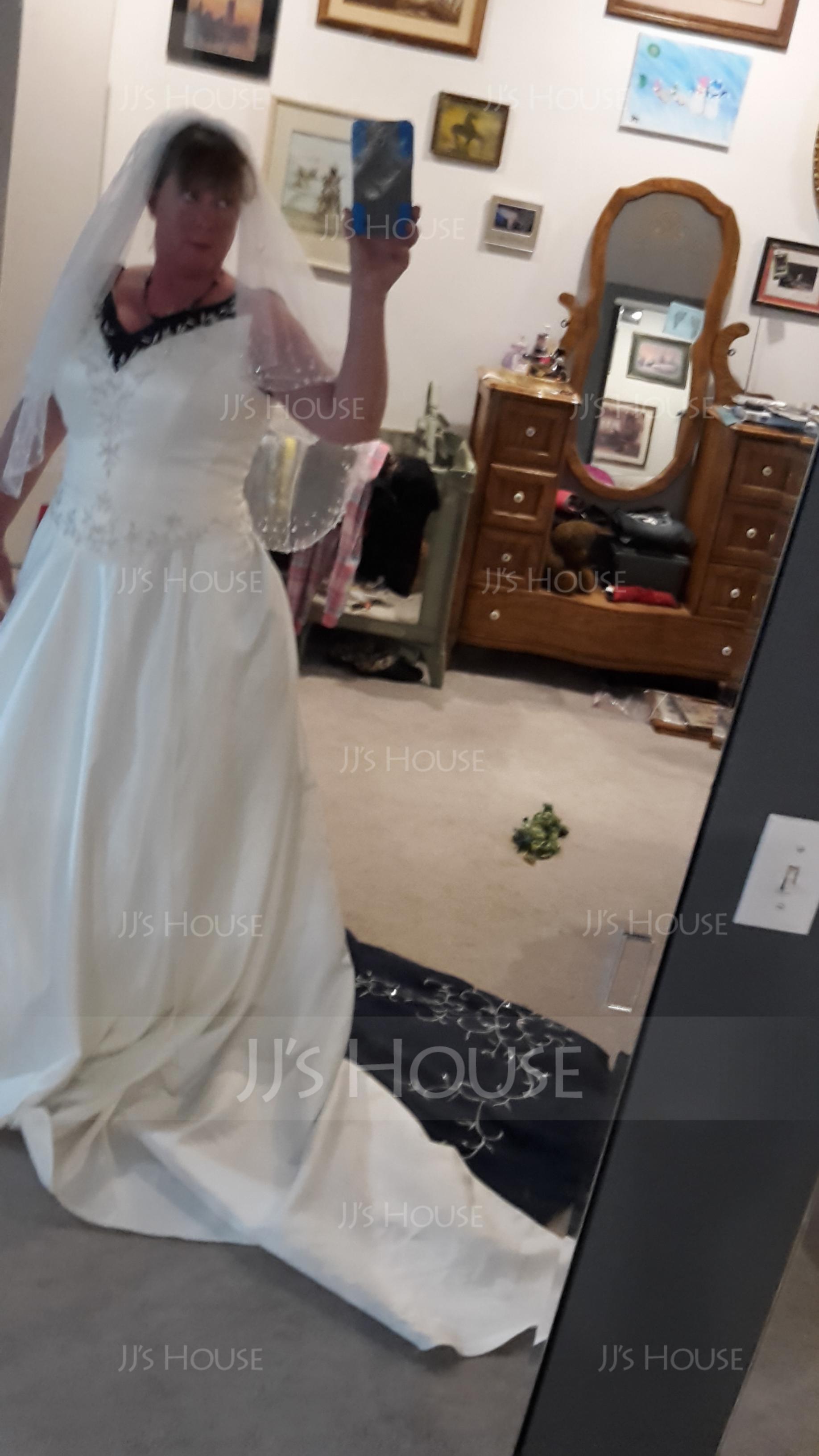 Balklänning V-ringning Chapel släp Satäng Bröllopsklänning med Broderad Beading Paljetter (002015473)