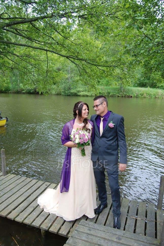 Vestidos princesa/ Formato A Decote V Cauda de sereia Tecido de seda Vestido de noiva com Renda Beading lantejoulas (002000159)
