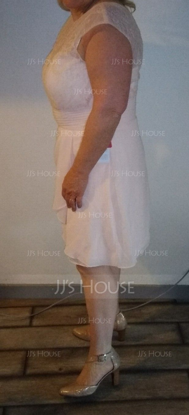 Sheath/Column Scoop Neck Knee-Length Chiffon Lace Mother of the Bride Dress With Cascading Ruffles (267196514)